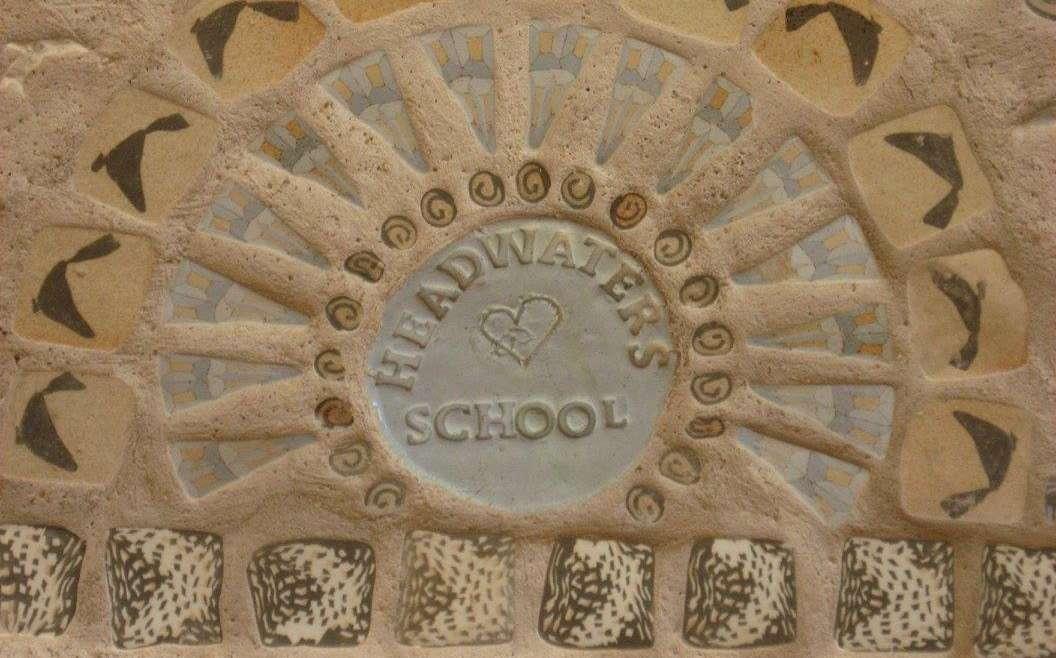 Escuela y Centro Comunitario Headwaters